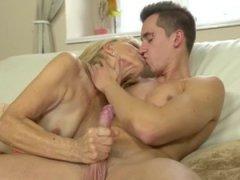 Mom Mature Porn
